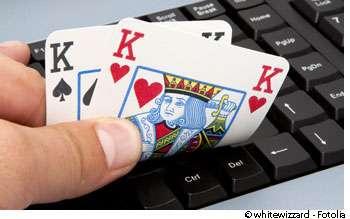 L'accès aux jeux d'argent en ligne est de plus en plus facile et favorise l'addiction. © Whitewizzard / Fotolia