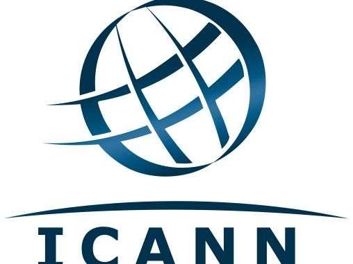 L'Icann (Internet Corporation for Assigned Names and Numbers) est une organisation internationale à but non lucratif, fondée en 1998 et chargée de gérer les adresses des sites Web en toutes lettres, comme « www.futura-sciences.com », et qui sont chacune associées à un numéro, l'adresse IP. Ces noms de domaines (DNS, Domain Name System) comportent deux parties séparées par un point, l'extension étant le nom de domaine de premier niveau, ou TLD (Top Level Domain). © Icann