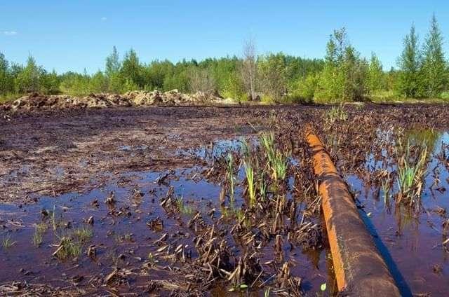 Plus de 128.000 tonnes de sol contaminé aux hydrocarbures ont été évacuées suite au déversement du réservoir. © everyday_energy, Instagram