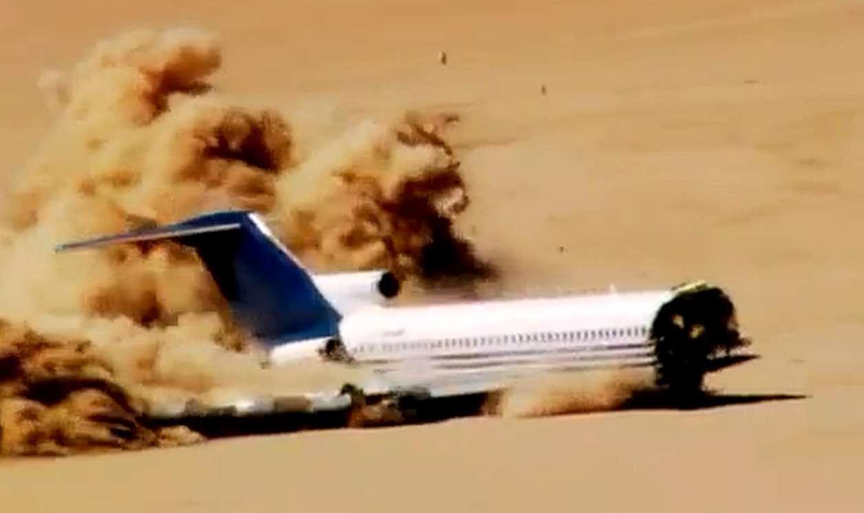 Lors du crash, le Boeing 727 a touché le sol avec une vitesse verticale deux fois plus importante que celle que peuvent supporter les trains d'atterrissage. © Capture d'écran, awesomeweb, Dailymotion