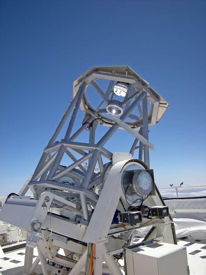 Avec 1,5 mètre de diamètre, le télescope allemand Gregor devient le premier instrument solaire d'Europe et le troisième du monde. © Kiepenheuer-Institut für Sonnenphysik (KIS)