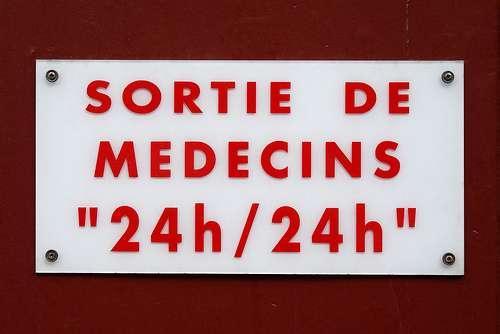 Ce sont les patients qui sortent du pays pour aller voir des médecins à l'étranger. © Zigazou76, Flickr, CC BY-SA 2.0