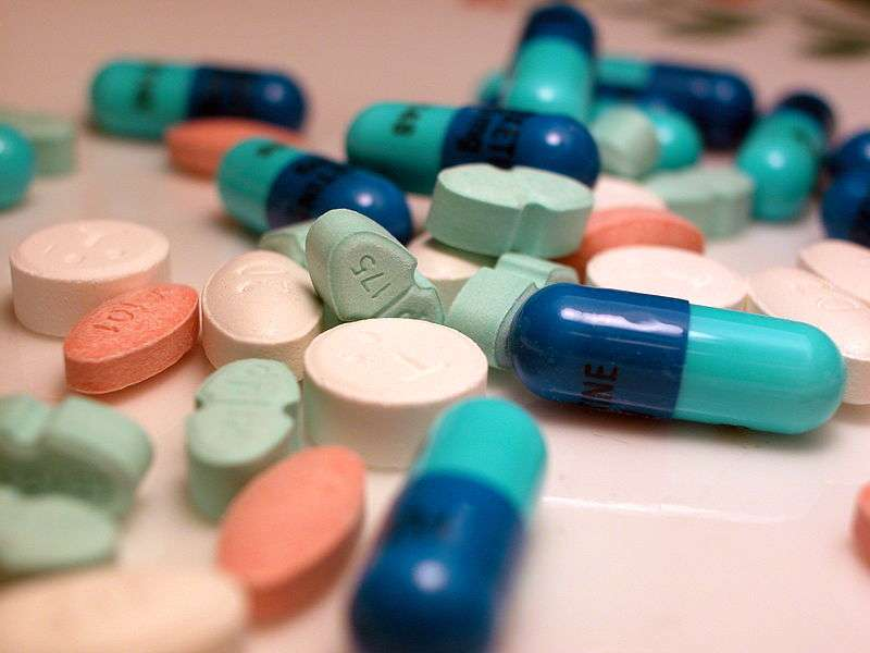Les médicaments qui contiennent des parabènes seront peut-être retirés du marché, si le Sénat confirme le vote de l'Assemblée nationale. © DR, Wikimedia, CC by-sa 3.0