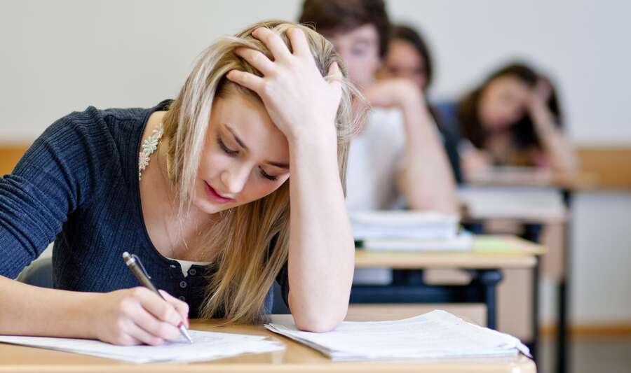 Et pourquoi pas les grandes écoles après votre BTS ou un DUT ? Les places sont dures à gagner, sachez-le. © Fotolia