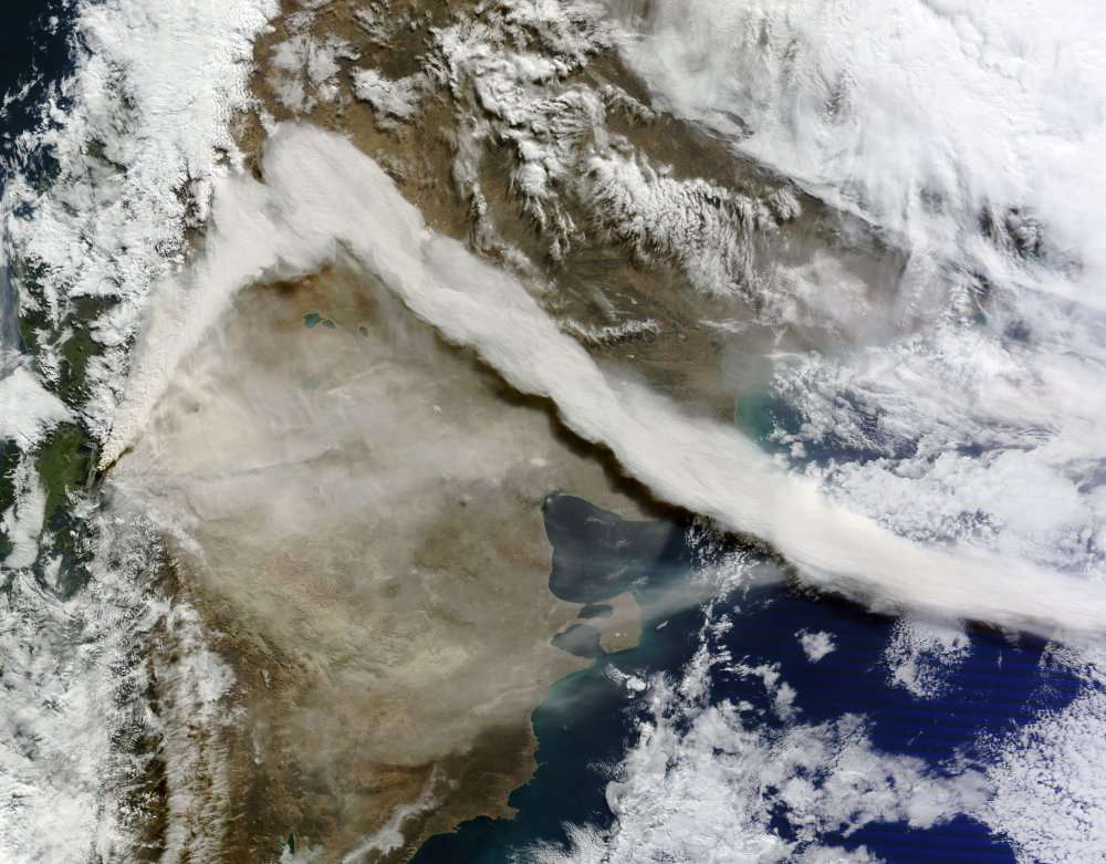 L'éruption du volcan Puyehue observée par l'instrument Modis (un spectromètre) installé sur le satellite Terra, de la Nasa, le 6 juin à 16 h 25 (heure française). © Nasa Goddard/Modis Rapid Response Team