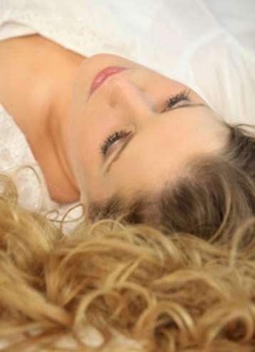 La coloration des cheveux peut être permanente, semi-permanente ou temporaire. © Phovoir