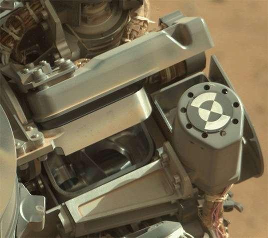 Une animation montrant le filtre de Chimra, en positions ouverte et fermée. Son maillage est de 150 microns. © Nasa, JPL, MSSS, Planetary.org, Emily Lakdawalla