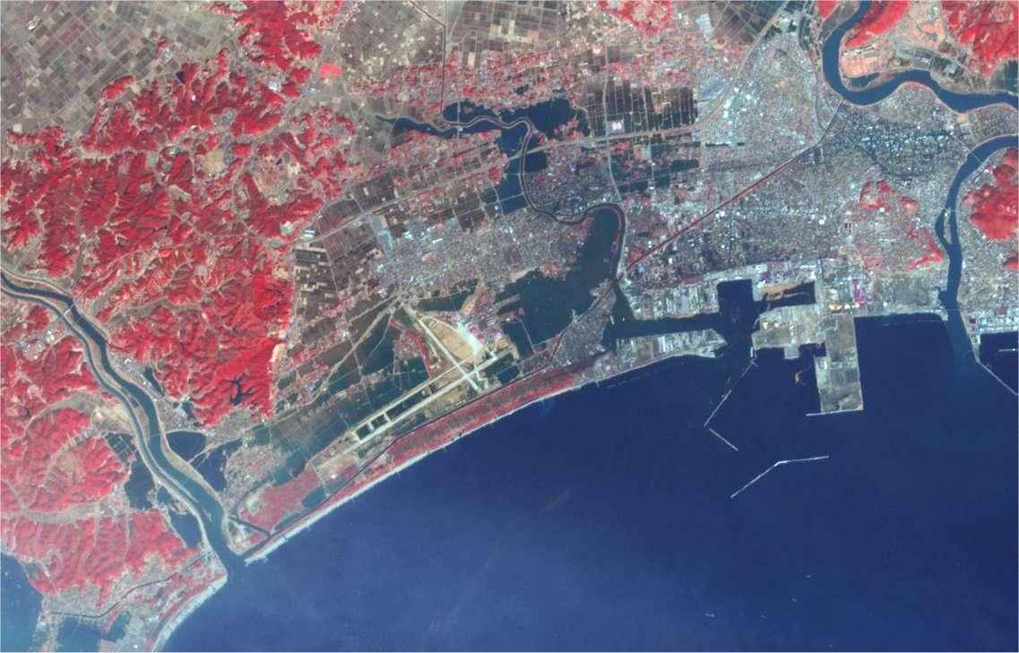 La ville d'Ishinomaki après le tsunami, vue par satellite. © Nasa