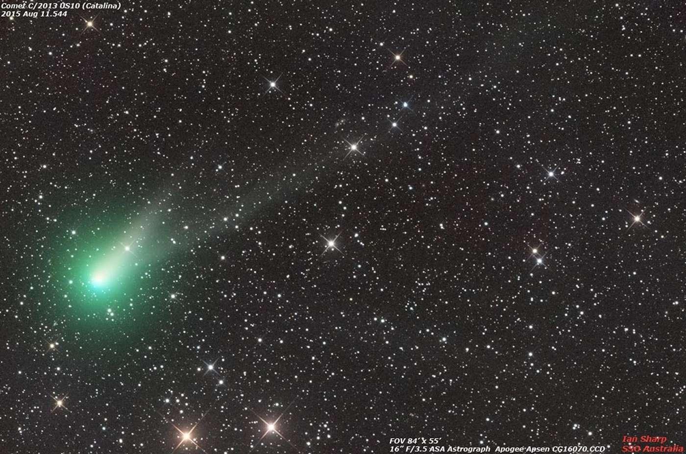 La comète C/2013 US10 Catalina photographiée le 11 août 2013 depuis l'Australie. Le 7 décembre, elle se montrera près de la Lune, de Vénus, de l'astéroïde Junon et de l'étoire Spica. © Ian Sharp