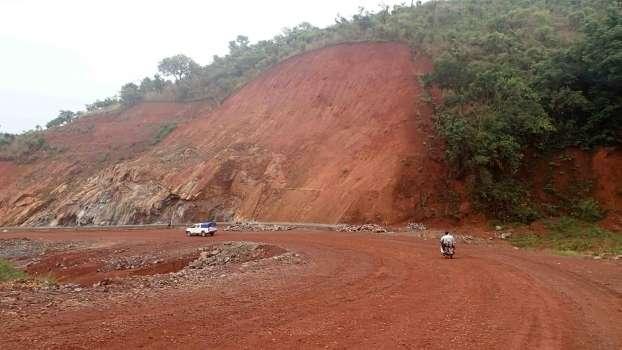 Profil latéritique de la région de Foumban, au Cameroun. © J.-J. Braun
