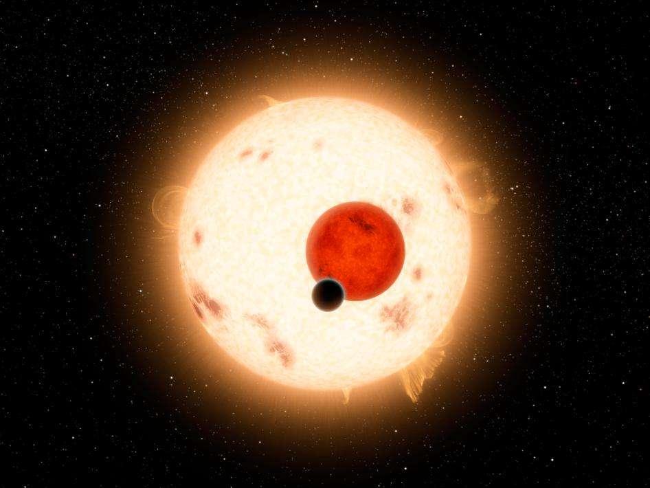 Une vue d'artiste de Kepler 16b éclipsant Kepler 16A et Kepler 16B qui s'éclipsent elles-mêmes. © Nasa/JPL-Caltech/R. Hurt