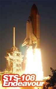 23h19 heure de Paris, la navette Endeavourdécolle du centre spatial Kennedy (NASA)