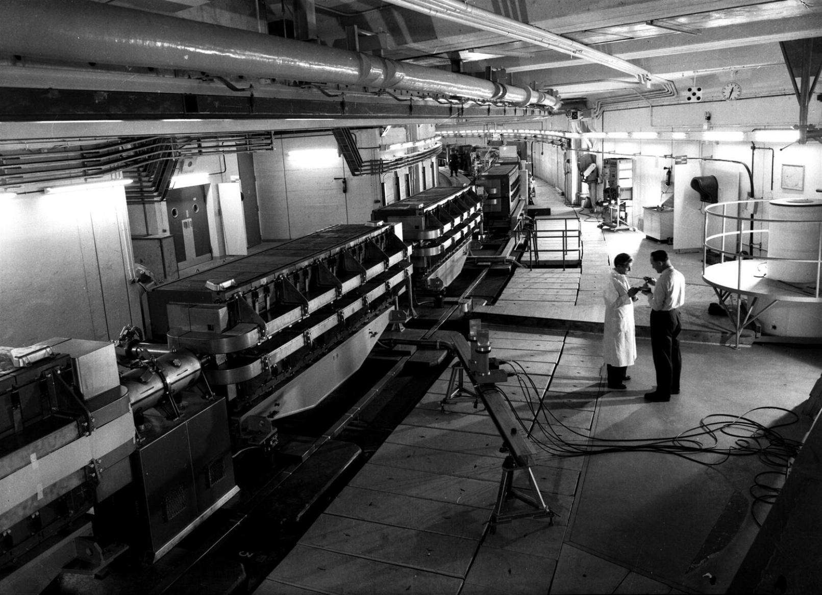 Le Proton Synchroton (PS) juste avant sa mise en service en 1959. © Cern