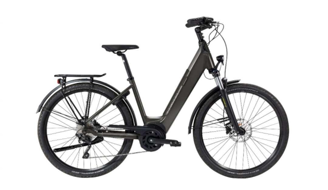 L'eC01 CrossOver est le modèle haut de gamme qui promet un usage mixte VTC. © Peugeot Cycles