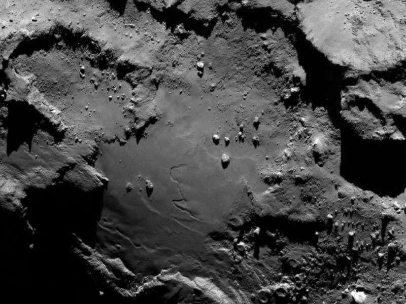 Des images prises à seulement 130 km de la surface de la comète 67P/Churyumov-Gerasimenko. © Esa/Rosetta/MPS for Osiris Team MPS/UPD/LAM/IAA/SSO/INTA/UPM/DASP/IDA