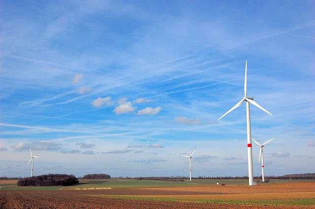 L'électricité produite de manière intermittente par l'éolien peut être transformée en gaz. C'est le principe du Power to gas. © NguyenDai, Flickr, CC by-nc-sa 2.0