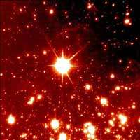 Des images d'une finesse inégalée : la première lumière de NAOS, l'optique adaptative du VLT est un succès (Observatoire de Paris)
