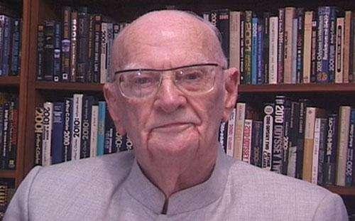 Arthur C. Clarke (Crédit : NASA/JPL).