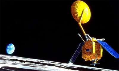 La sonde Lunar Reconnaissance Orbiter (LRO) explorant la Lune (vue d'artiste). Crédit : NASA