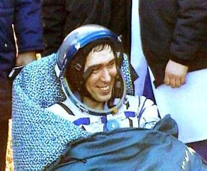 Sergei Volkov à son retour sur Terre. Crédit Nasa