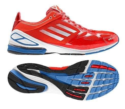 Les équipementiers sportifs pourraient bien vouloir intégrer des semelles biométriques dans les chaussures des sportifs. Nombreuses sont les disciplines où la qualité des mouvements de jambes et de pieds sont cruciaux. © Adidas
