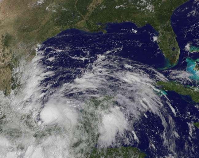 La tempête tropicale Ingrid s'est formée le 13 septembre 2013, dans la baie de Campeche. Elle est devenue un ouragan le lundi 16 septembre, et se dissipe depuis. © Nasa