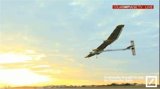 L'avion solaire HB-SIA en train d'atterrir sur l'aéroport du Bourget le 14 juin 2011, en provenance de Bruxelles. © Solar Impulse