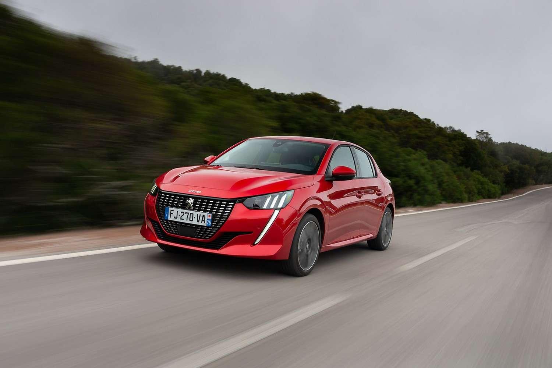 La Peugeot e-208 a finalement dépassé la Renault Zoe. Reste à voir si cette tendance va se poursuivre dans les prochains mois. © Peugeot