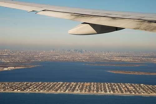 Un angle trop important entre l'aile de l'avion et le vent relatif conduit au décrochage. © Theo La Photo, Flickr CC by nc-sa 2.0