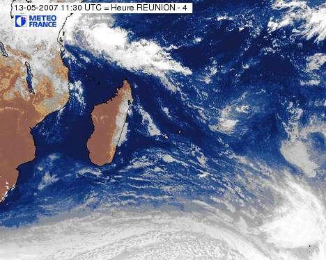Image satellite de La Réunion. Météo-France.
