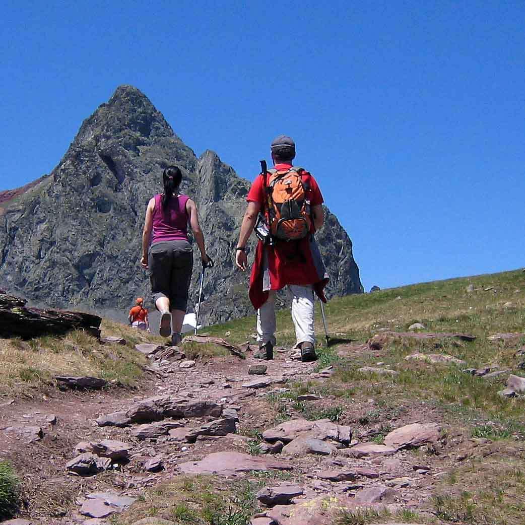 Les circuits de randonnée dans les Pyrénées proposent les plus beaux paysages de montagne et de littoral en France. © Milano Real, Wikimedia Commons, Domaine public