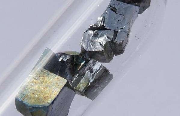 Le vanadium est un métal employé dans les aciers. © Hi-Res Images of Chemical Elements, Wikimedia Commons, CC by 3.0