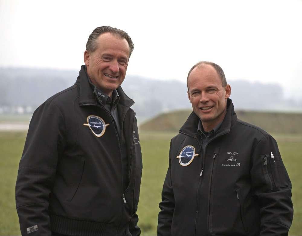 De gauche à droite, André Borschberg et Bertrand Piccard, les deux initiateurs du projet Solar Impulse. © Solar Impulse
