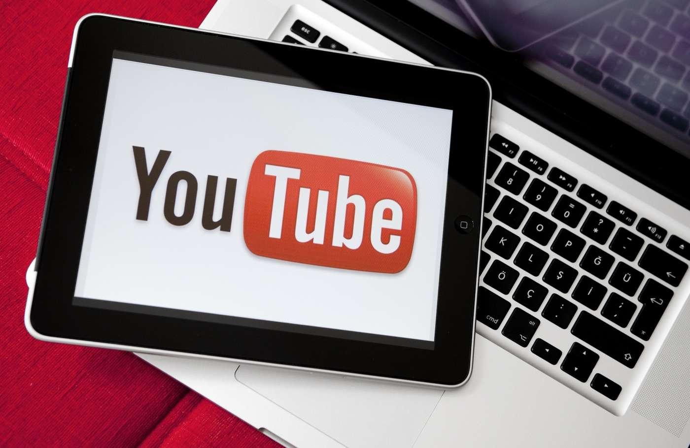 Un milliard de vidéos sont visionnées chaque jour sur YouTube. © ozgurdonmaz / IStock.com