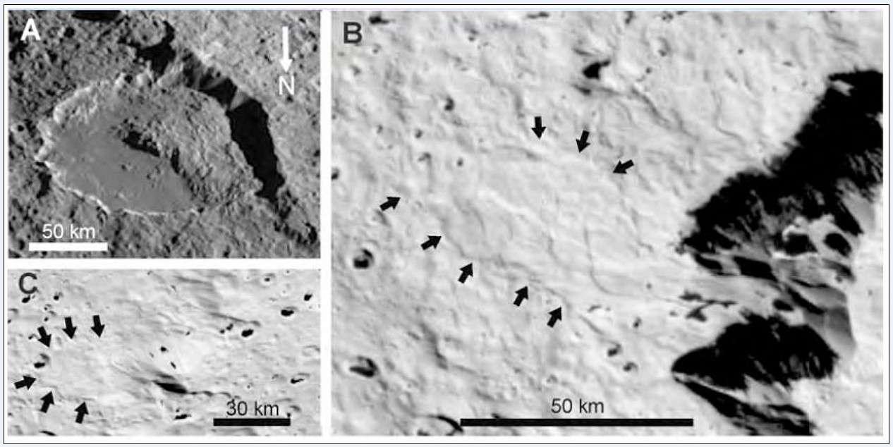 Ces images montrent différents glissements de terrain observés à la surface de Japet, l'un des satellites glacés de Saturne. © Nasa/ B. McKinnon