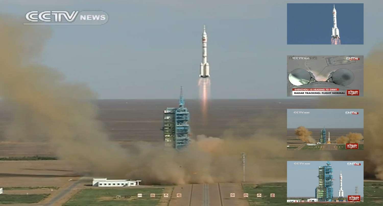 Avec cette cinquième mission, la Chine poursuit son rattrapage en matière de vols habités, les agences spatiales américaines et russes étant déjà capables de lancer des Hommes dans l'espace. © Capture d'écran, CCTV News