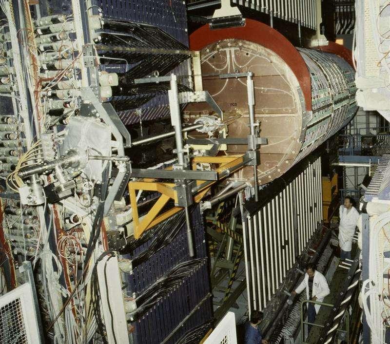 Une vue de l'impressionnant détecteur UA1. De 1982 à 1983, il a permis de prouver l'existence des bosons W et Z du modèle GSW. © Cern