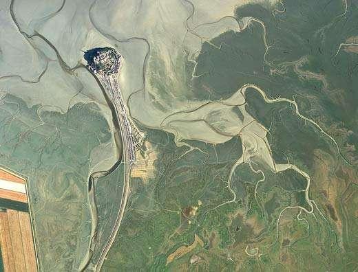 Vue aérienne du Mont-Saint-Michel. © Tous droits de reproduction interdits
