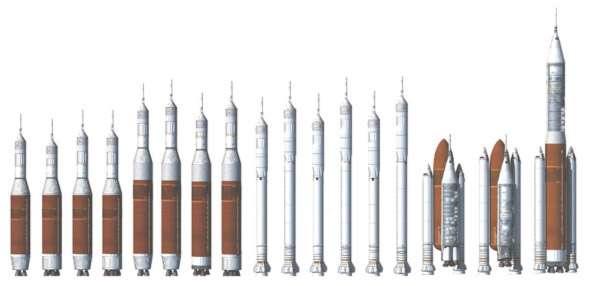 Concepts de lanceurs dérivés d'éléments propulsifs de la navette spatiale. D'autres alternatives sont toujours à l'étude, comme une approche modulaire à trois étages identiques accolés les uns aux autres dans une configuration comparable à la Delta IV Heavy. La Nasa attend également le résultat de treize études distinctes commandées à l'industrie. © Nasa