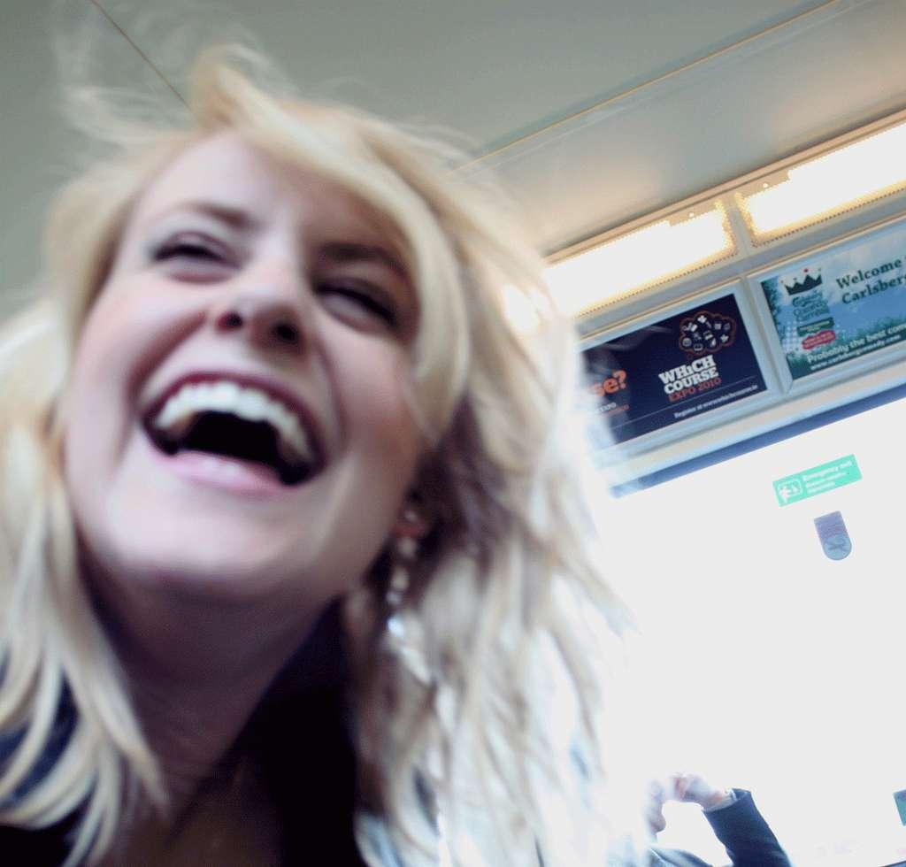 L'expression « mourir de rire » n'est pas sans fondement, car il existe un rire pathologie. Le rire normal, lui, est anodin pour la santé. © Falh / Linh, cc by nc 2.0