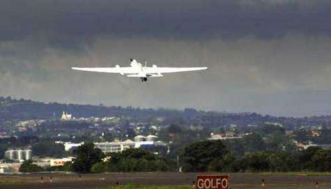 """Seriez-vous prêt à embarquer à bord d'un avion """"sans-fil"""" ? (Crédits : NASA)"""