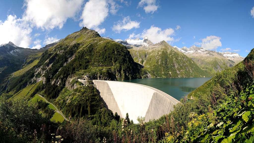 Le barrage de Zillergründl, en Autriche, et son énorme réservoir