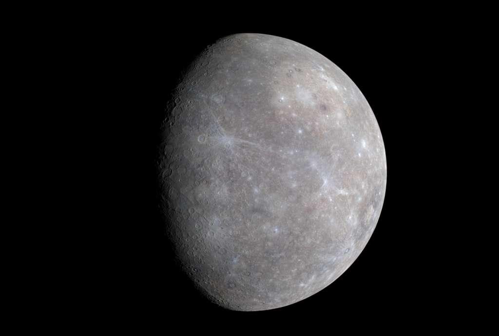 Mercure prise par la sonde Messenger en 2009 avec sa caméra WAC. © Nasa, Johns Hopkins University Applied Physics Laboratory, Carnegie