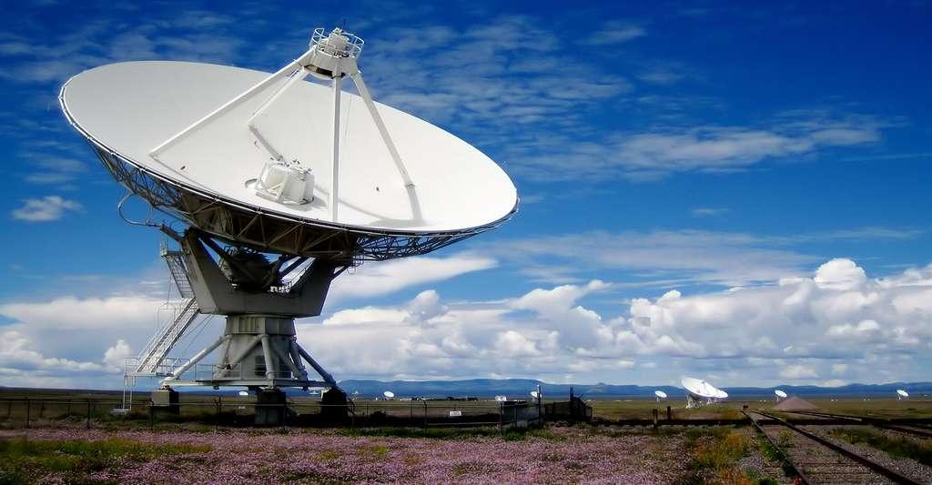 L'Allen Telescope Array (ATA), ou One Hectare Telescope (1HT), est un champ d'antennes formant un radiotélescope interféromètre. © Matthew Sidor, CC BY-NC 2.0
