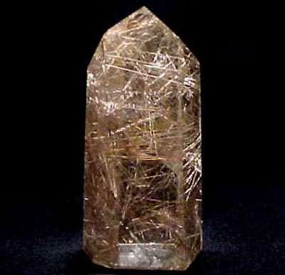 Rutile dans du quartz.
