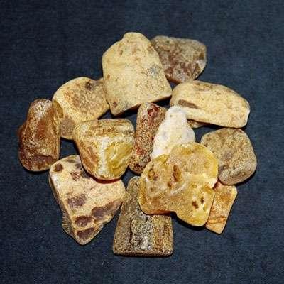 L'ambre contient 79% de carbone