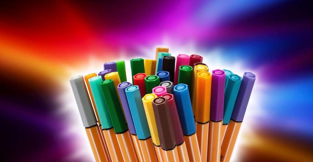 Les encres de couleur donnent aux feutres leur gamme de coloris. © Stefan Schweihofer, domaine public