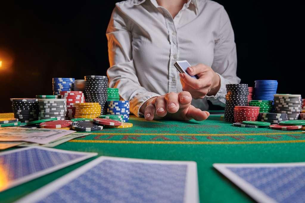 Les joueurs de casino pèchent souvent par excès de confiance. © Anton, Adobe Stock