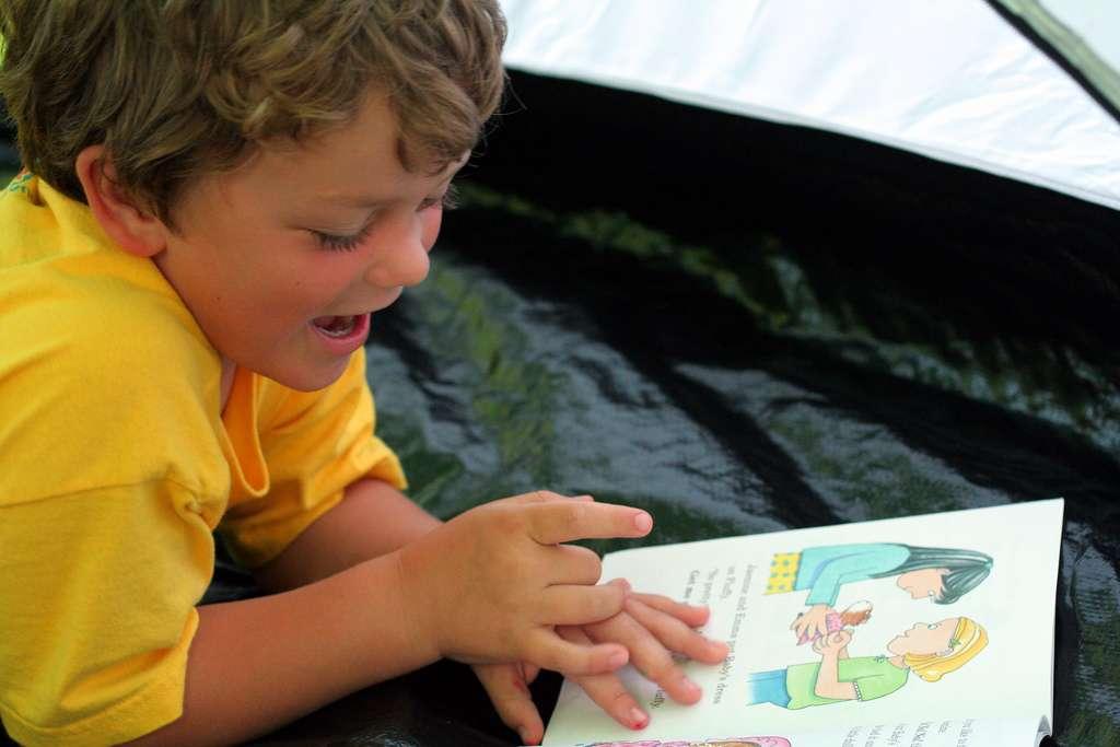 Parmi les troubles de l'apprentissage les plus courants, on trouve la dyslexie (lecture), la dyscalculie (calcul) et la dysorthographie (expression écrite). © John-Morgan, Flickr, cc by 2.0
