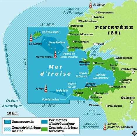 Carte de la mer d'Iroise avec son périmètre maritime et ses zones d'intérêt majeur, ici en bleu foncé. © DR